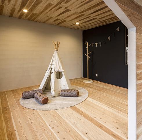 motwood studio